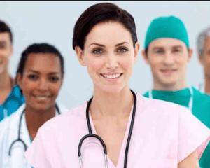 Trabajo como auxiliar de enfermería